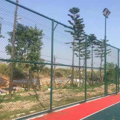 阳泉市运动球场围网 体育场护栏网 运动场围网灵活性强